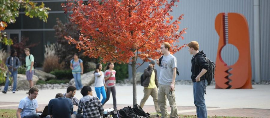 Fall foilage on HCC's campus