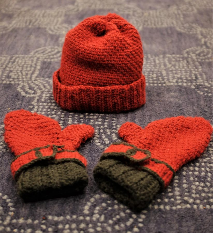 A successful hat and mitten set.
